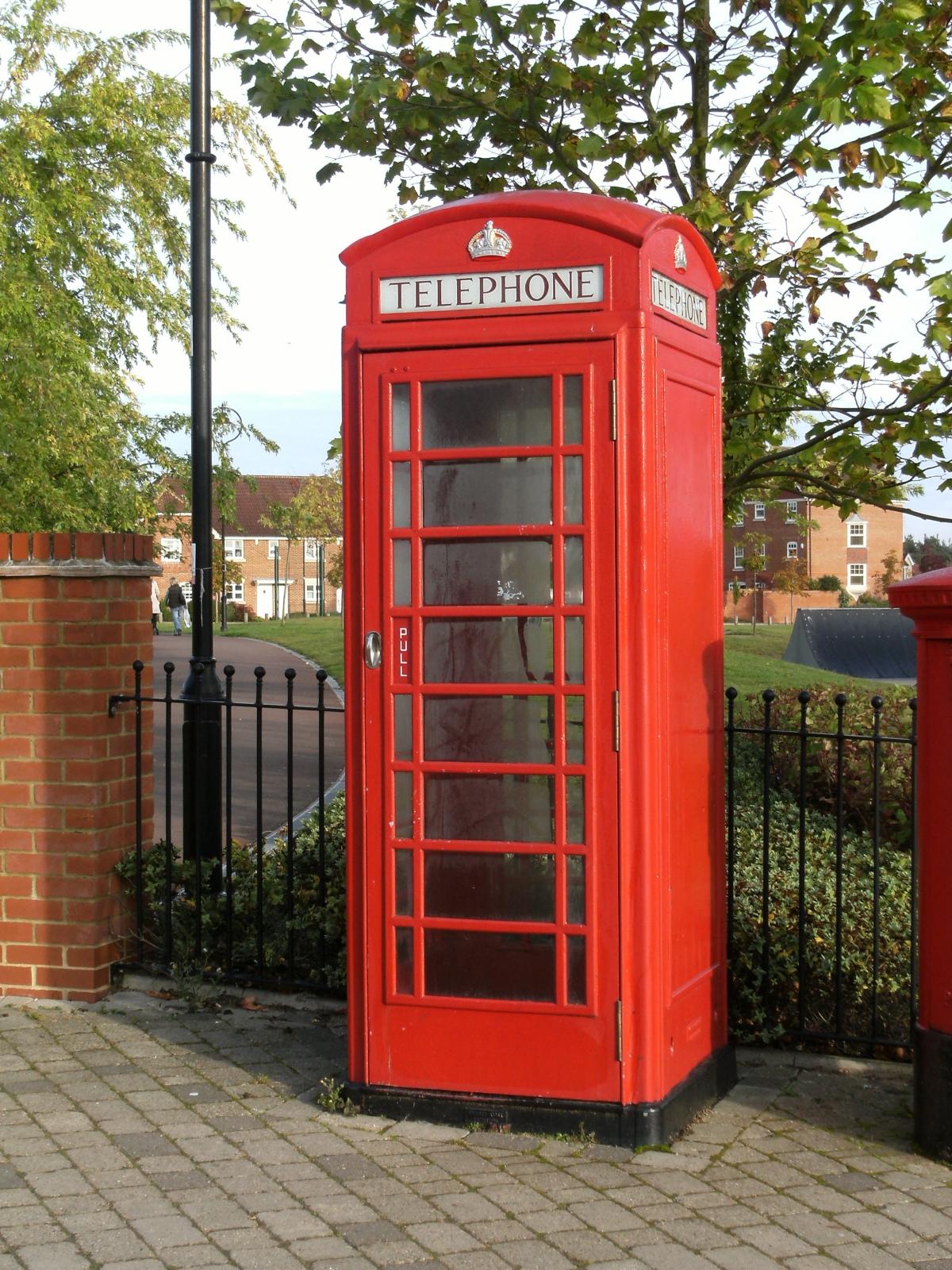 Telephone Box Elvetham Heath